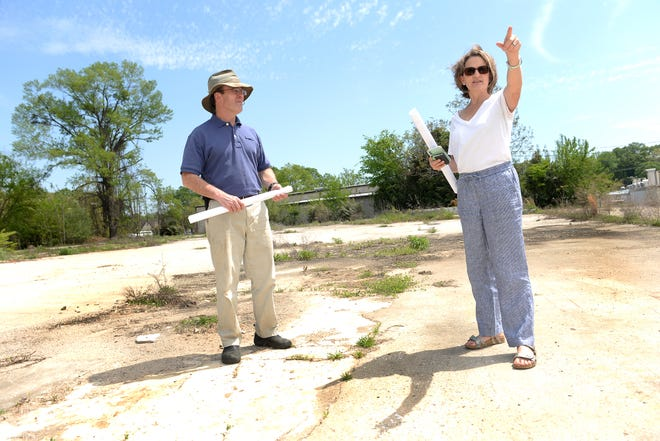 At the corner of Alexander Avenue and Fretwell Street near the Mary Black Rail Trail in Spartanburg, plans are underway to bring business options and entertainment to the area. Here, Gervais Hollowell of Little River Roasting and Laura Stille of Fretwell Partners talk about plans for The Fretwell.