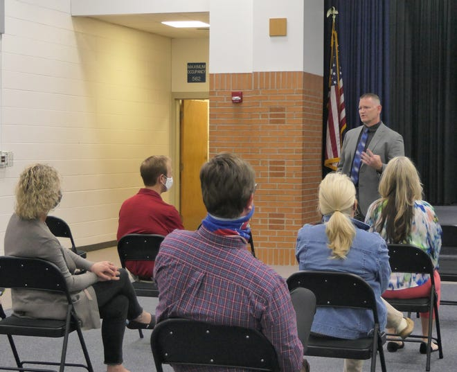 Curtis Nightingale, a finalist for superintendent at Nickerson-South Hutchinson School District, speaks to a group of teachers.