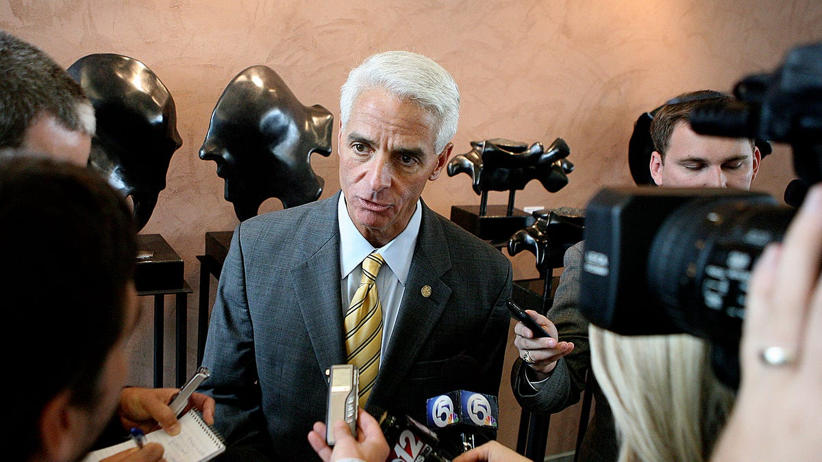 Florida congressman Charlie Crist expected to announce bid for governor next week 1