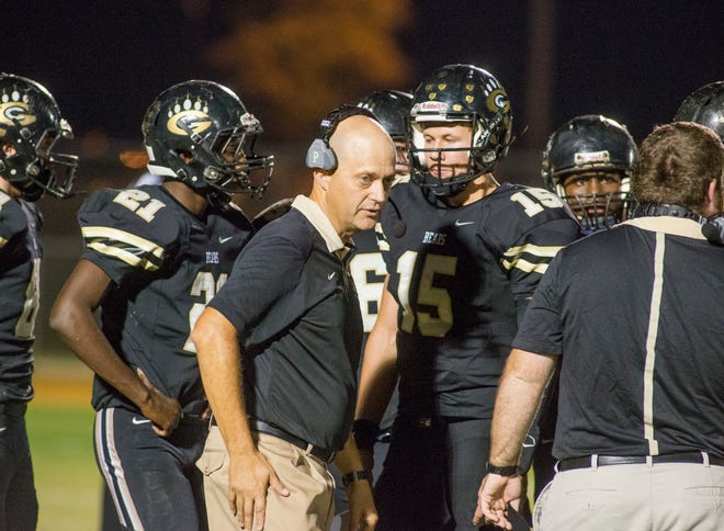 Grays Creek coach David Lovette is set to retire after 21 years as a head coach, including 15 with the Bears.