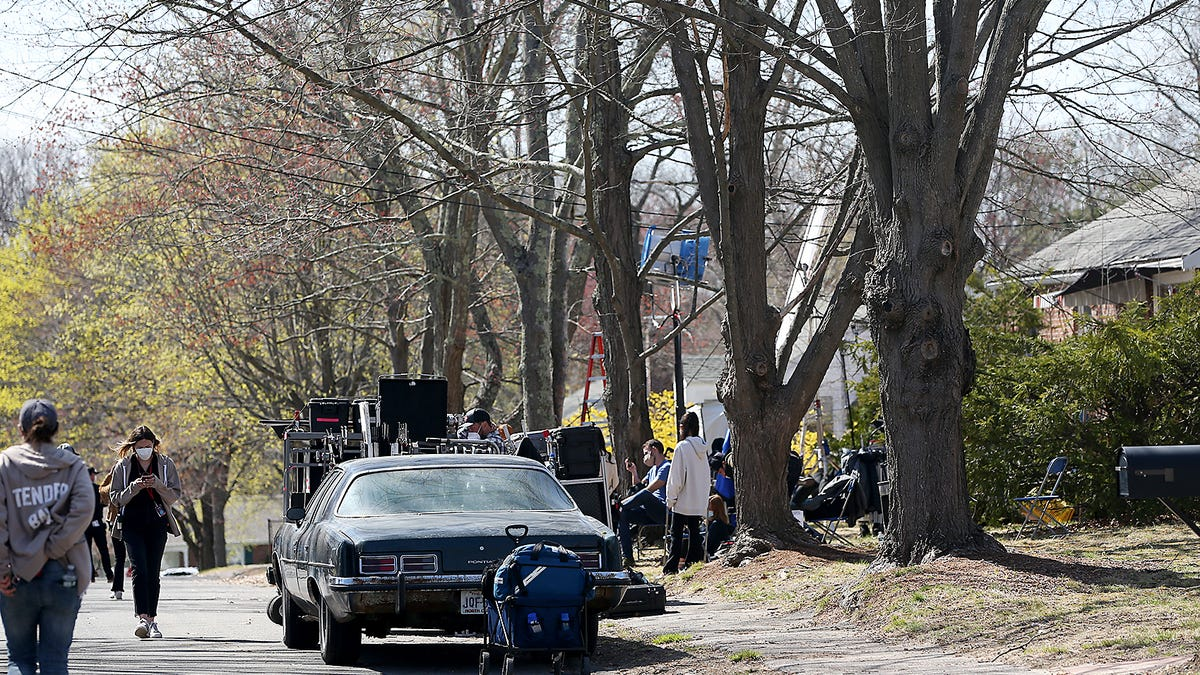 Movie cameras roll in Braintree for George Clooney's 'The Tender Bar'
