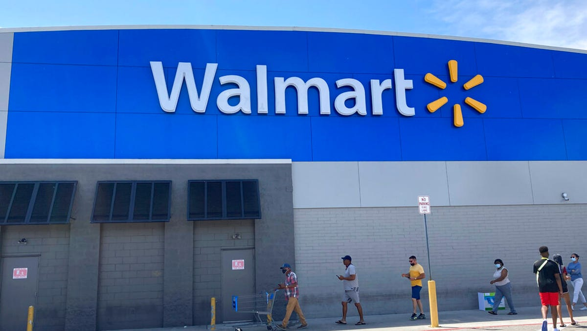 Walmart to allow vaccinated shoppers, workers to go maskless 3