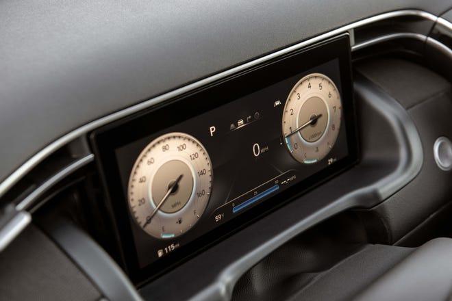 The 2022 Hyundai Santa Cruz options a digital instrument cluster.