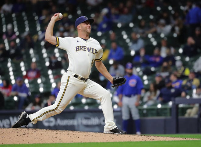 Brewers reliever Brad Boxberger pitched a spotless seventh inning with one strikeout against the Cubs.