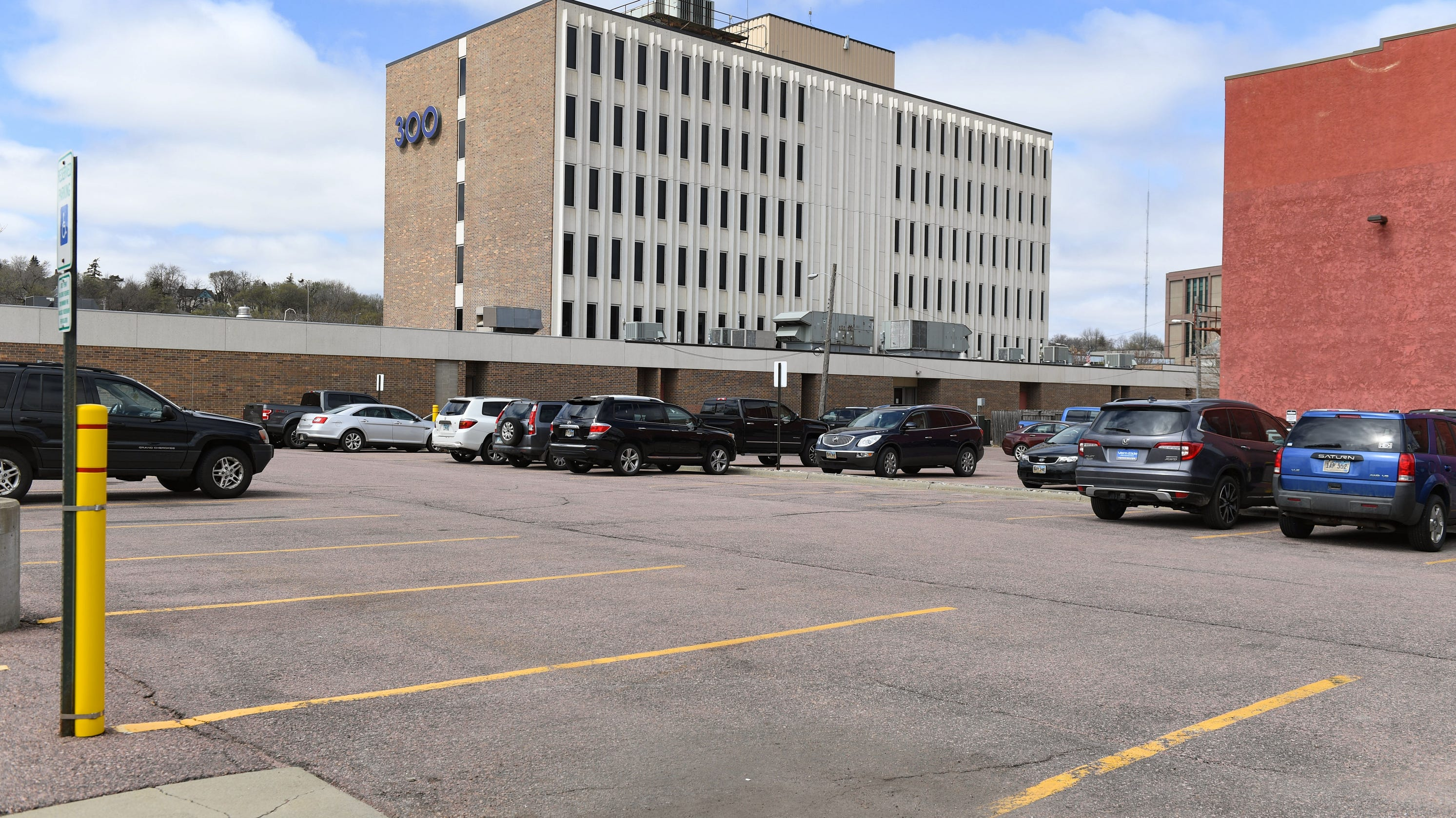 Sioux Falls City Council drills parking department on advisory boards, transparency of parking lot sales