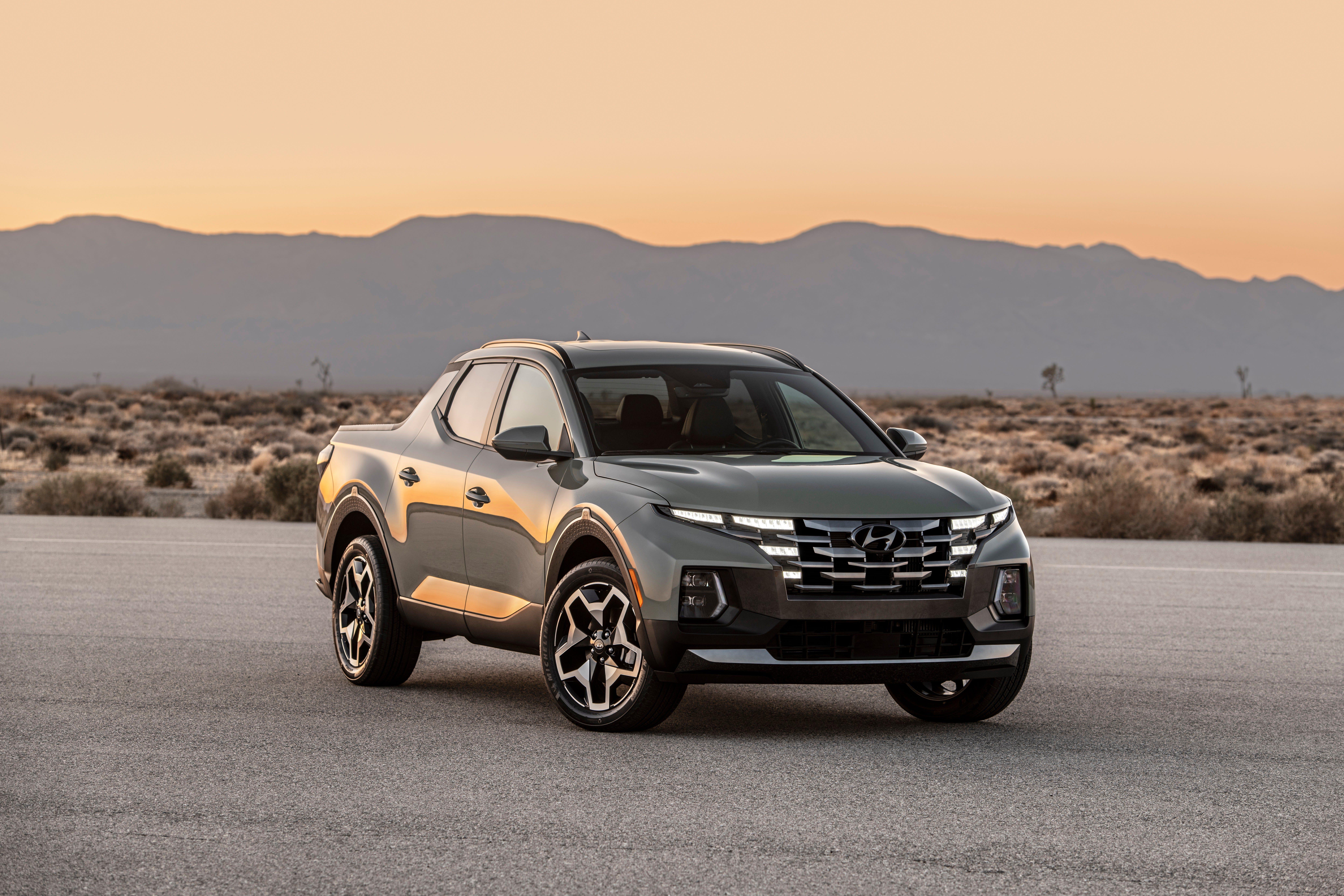 Compact pickups poised for a comeback as Hyundai Santa Cruz, Ford Maverick generate buzz