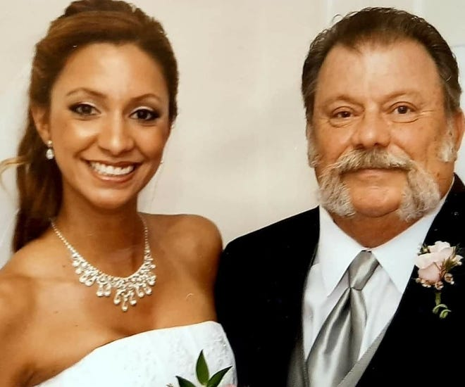"Sam Via and her late father, Maynard ""Lee"" Sinclair Sr."