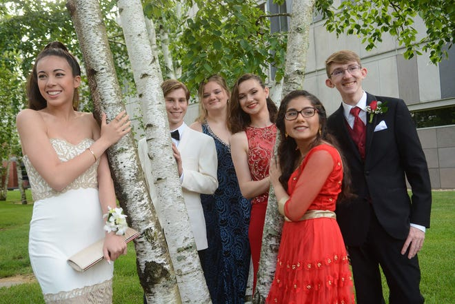 Norwich Free Academy students pose for a photo before their prom at the Mashantucket Pequot Museum & Research Center in June 2018.