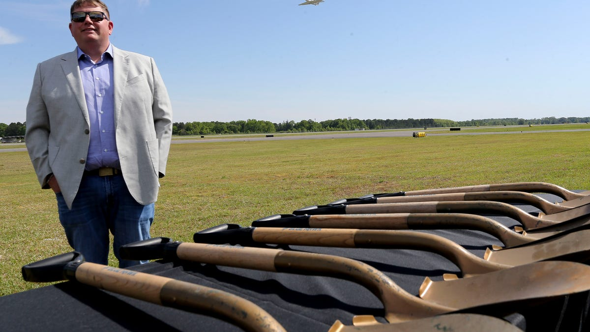 Ground-breaking held for Tuscaloosa runway rehabilitation project
