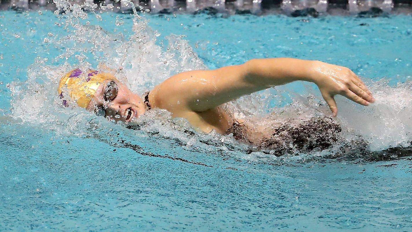 North Kitsap's Hoffman hopes to join powerhouse rowing team at University of Washington