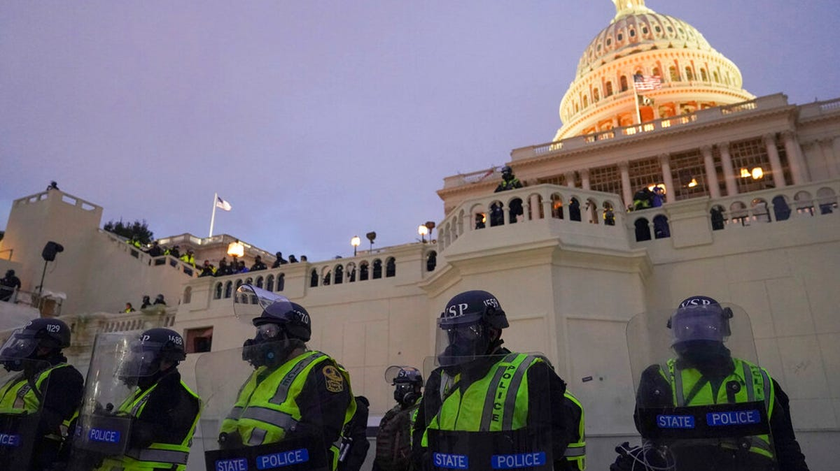 "Capitol Police watchdog says force needs a ""culture change"" 2"