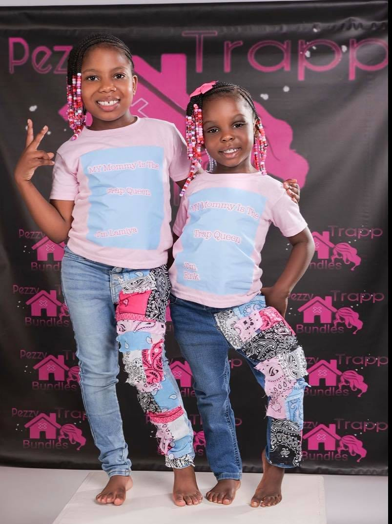 Jamayla Marlowe, at right, and her 6-year-old sister.