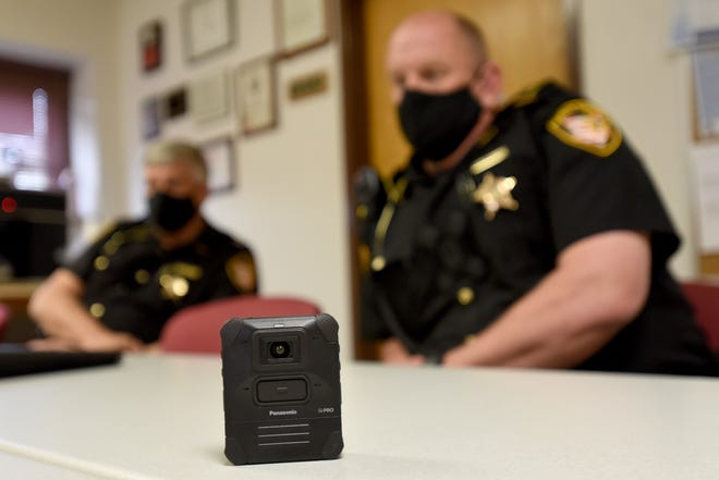 Licking County Sheriff's Office Capt. Darl Evans and Lt. Chad Carson sit down with the Advocate to talk about the new body cameras their agency began rolling out todeputies. The agency purchased 84 Panasonic brand body cameras.