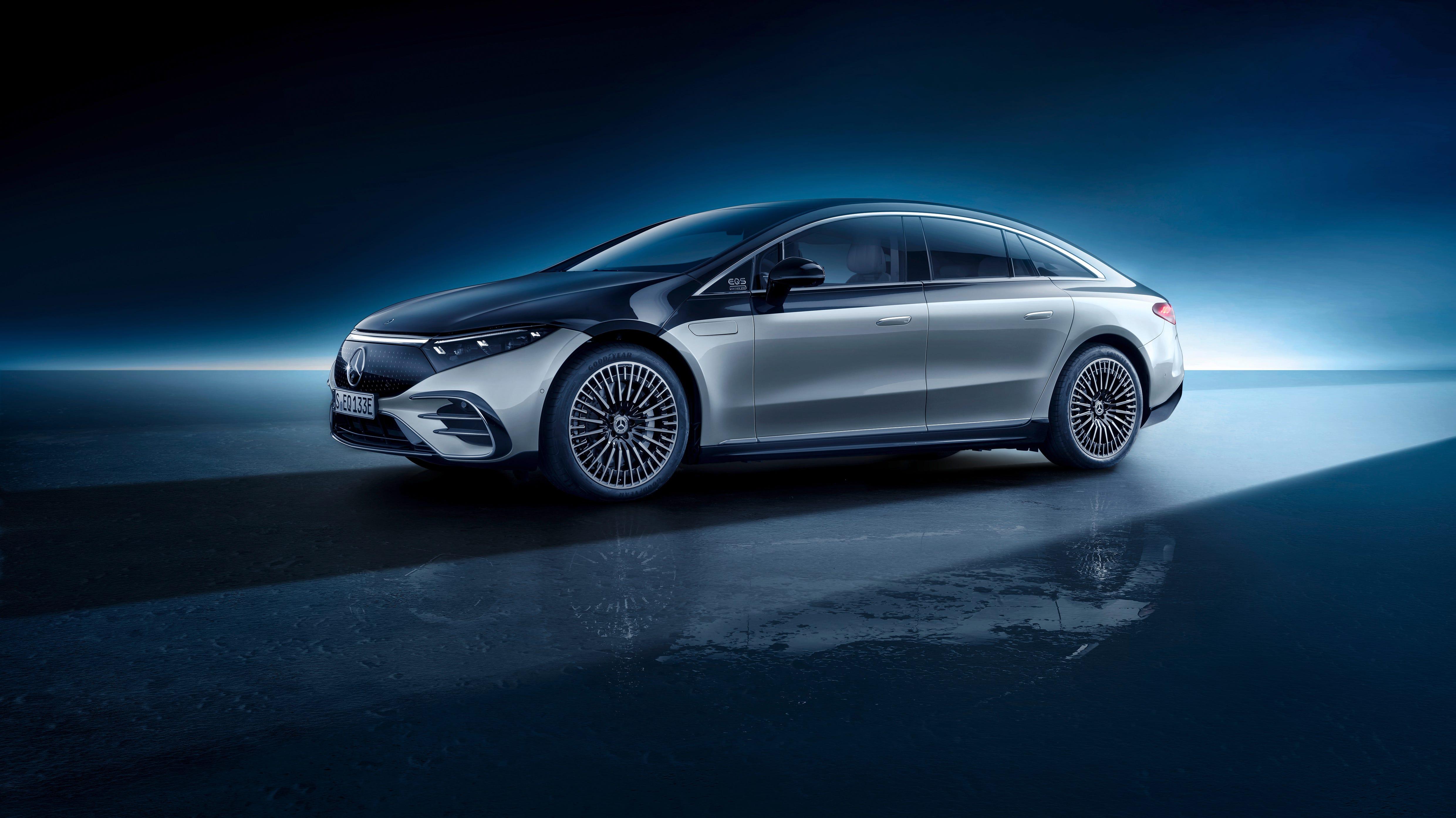 Mercedes-Benz EQS luxury car photos: Luxury sedan revealed