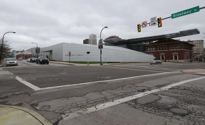 The new start for this year's Akron Marathon will be at the intersection of Broadway and East Market streets, featuring the Akron Art Museum.