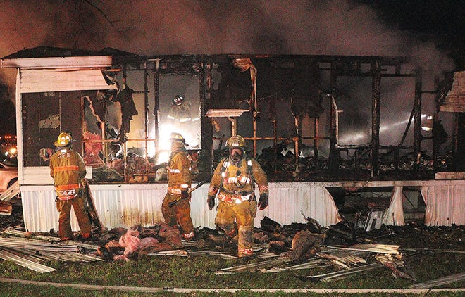 RICHLAND COUNTY A father and four children escaped a mobile home fire unharmed Thursday night at Oakwood Crossing 1121 Clayberg Road, Greewich. Franklin Township and Shiloh Fire Departments, as well as Savannah Fire Co. responded to the fire and kept it from spreading to any other mobile homes. Richland County Red Cross was called to help the family. According to the Franklin Township Fire Department, the fire still is under investigation and the home is a total loss.