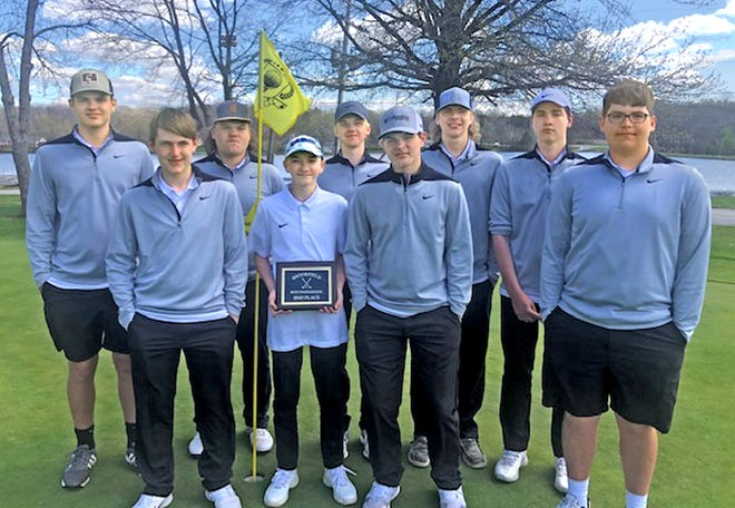 Participating for Brookfield in the April 15 Brookfield Invitational high school boys' tournament at the Brookfield Country Club were, from left: Front – Ethan Huwar, Kai Wiedeman, Baylor Montgomery, Evan Morris; Back – Brett Montgomery, Chase Morris, Sam Clarkson, Dirk Sattman, and Andrew Bennett. Not present for the picture is David Kimball. The BHS varsity squad of Clarkson, Sattman, Bennett, Wiedeman and Kimball placed second behind Milan with a 380. Sattman, Clarkson and Wiedeman each earned individual medals for having top-12 scores. ( PHOTO SUPPLIED / ANGIE DOWNEY )