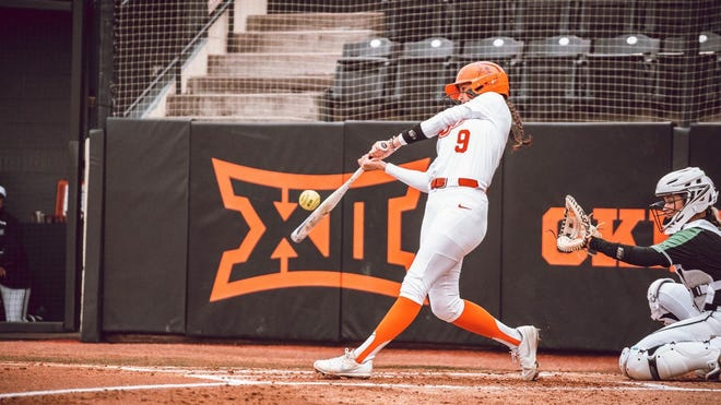 Oklahoma State center fielder Chyenne Factor was named the Big 12 Player of the Week for her performance last week against Texas Tech.