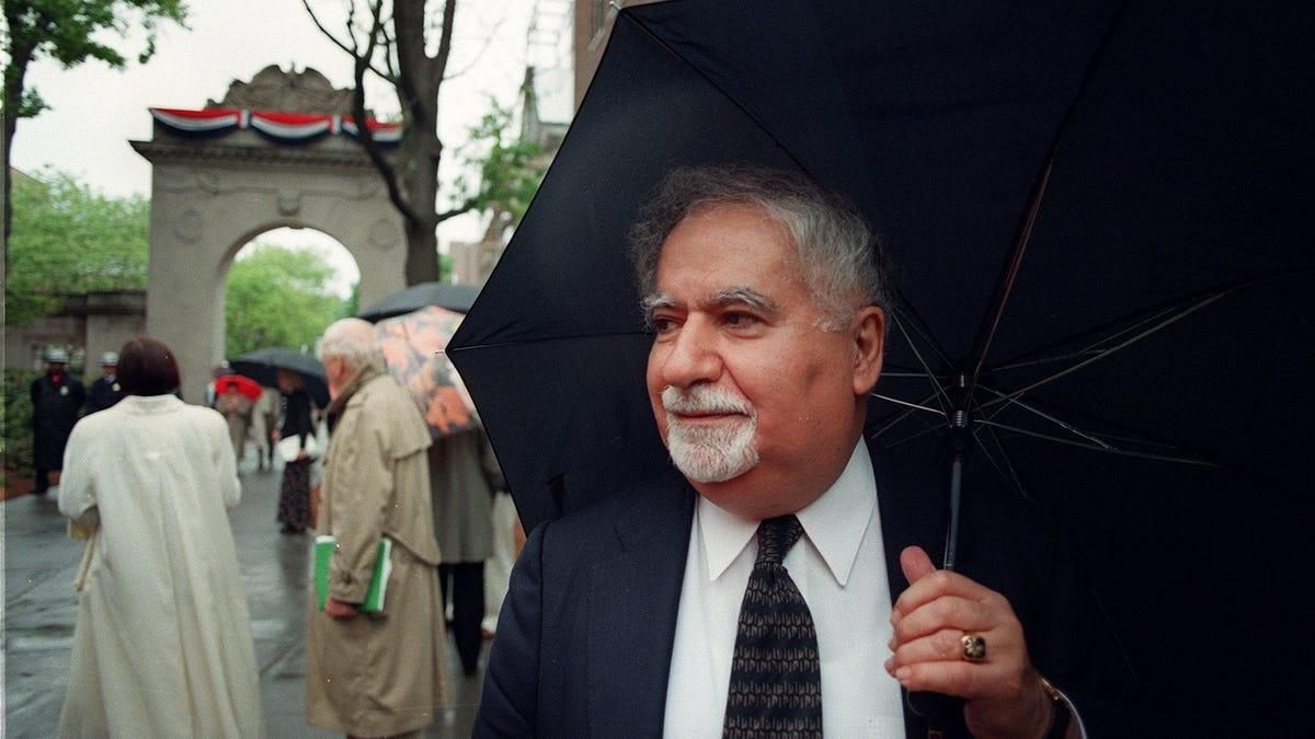 Vartan Gregorian, former Brown University president, dies at 87