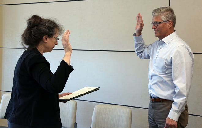 Anthony Kaczmarek, MD, was sworn in as a new member of the Phelps Health Board of Trustees Thursday, April 15, 2021, by Phelps County Clerk Pam Grow. Members of the Phelps Health Board of Trustees serve five-year terms.