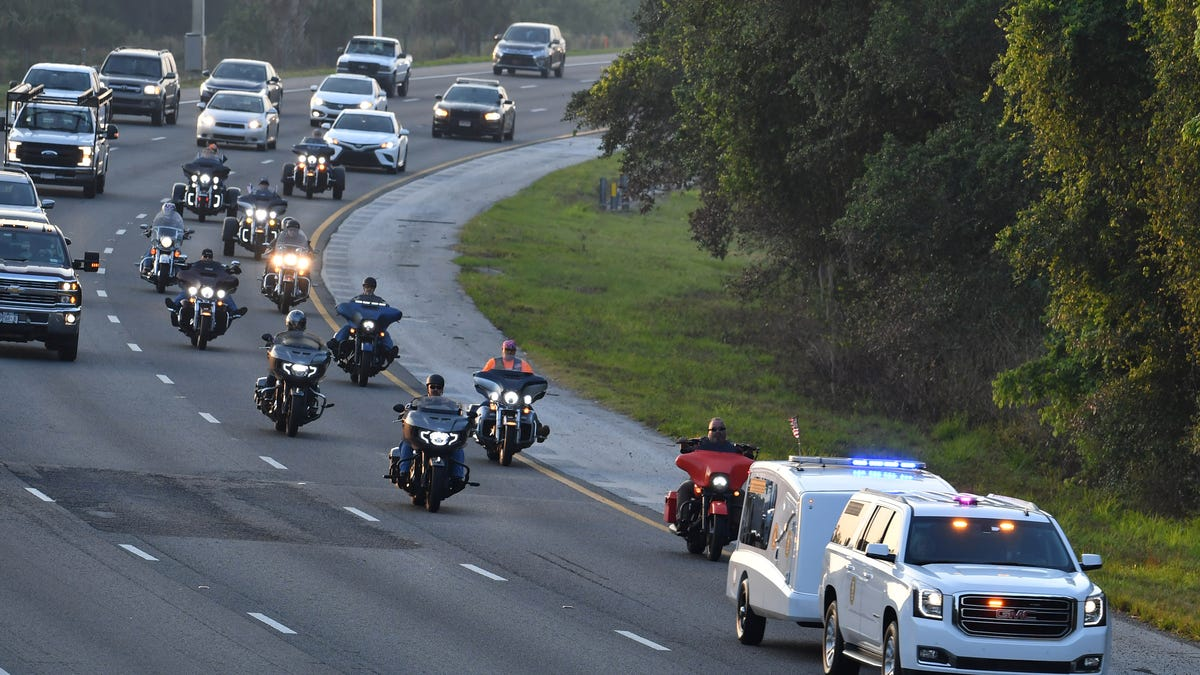 WWII and Korean War veteran gets escorted home in a three-day funeral procession