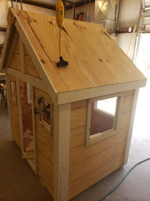 CFCC Carpentry and Construction Management Technology students partner with Cape Fear Habitat for Humanity for Playhouse Project