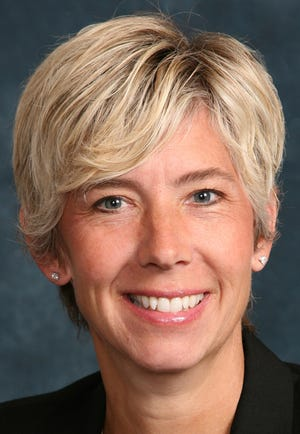 Stephanie Hauser will be the new executive director of the WIAA, replacing retiring Dave Anderson.
