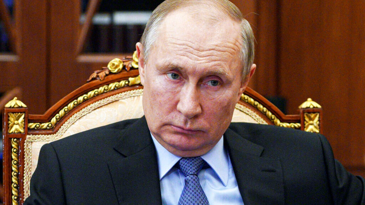 Kremlin to expel 10 US diplomats in response to US sanctions 2