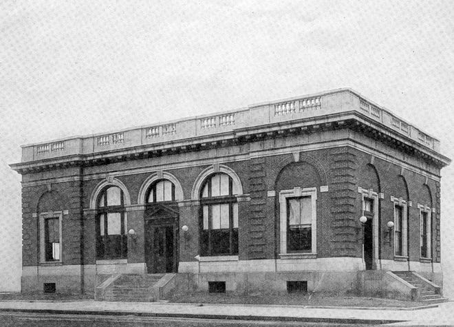 The Henderson Post Office stood at Third and Main streets between 1905 and the end of 1964. The site now houses the headquarters of Big Rivers Electric Corp. Postal carriers were being armed with Army surplus .45 caliber revolvers in 1921 to discourage mail theft.