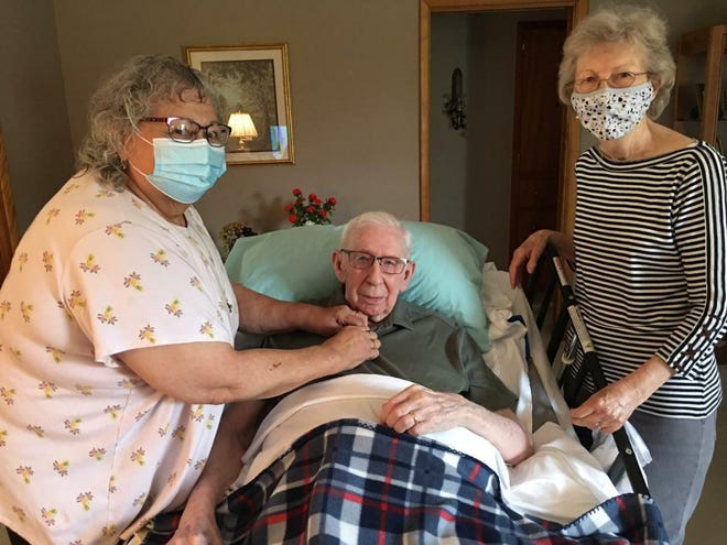Joyce's Angel Mary Jo Scott (L) with Galen and Grace Teel.