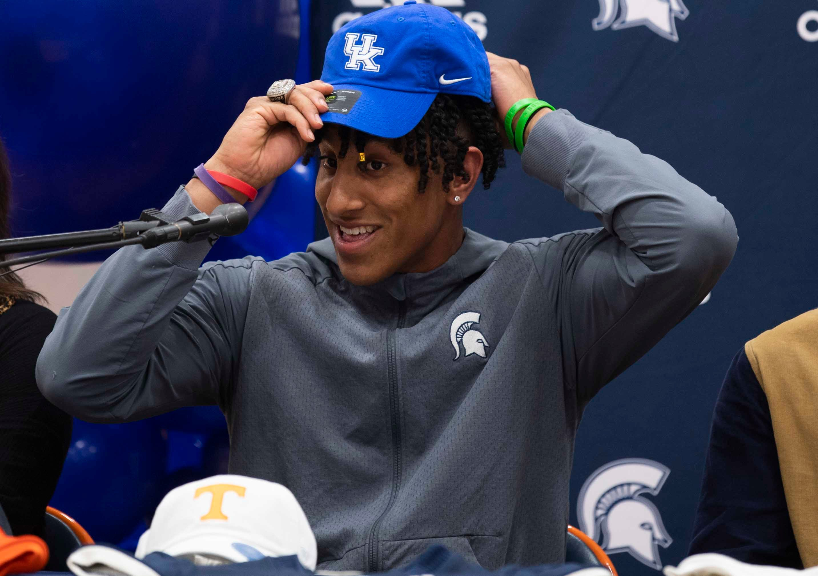 Football recruiting: Destin and Keaten Wade talk about committing to Kentucky over Vols