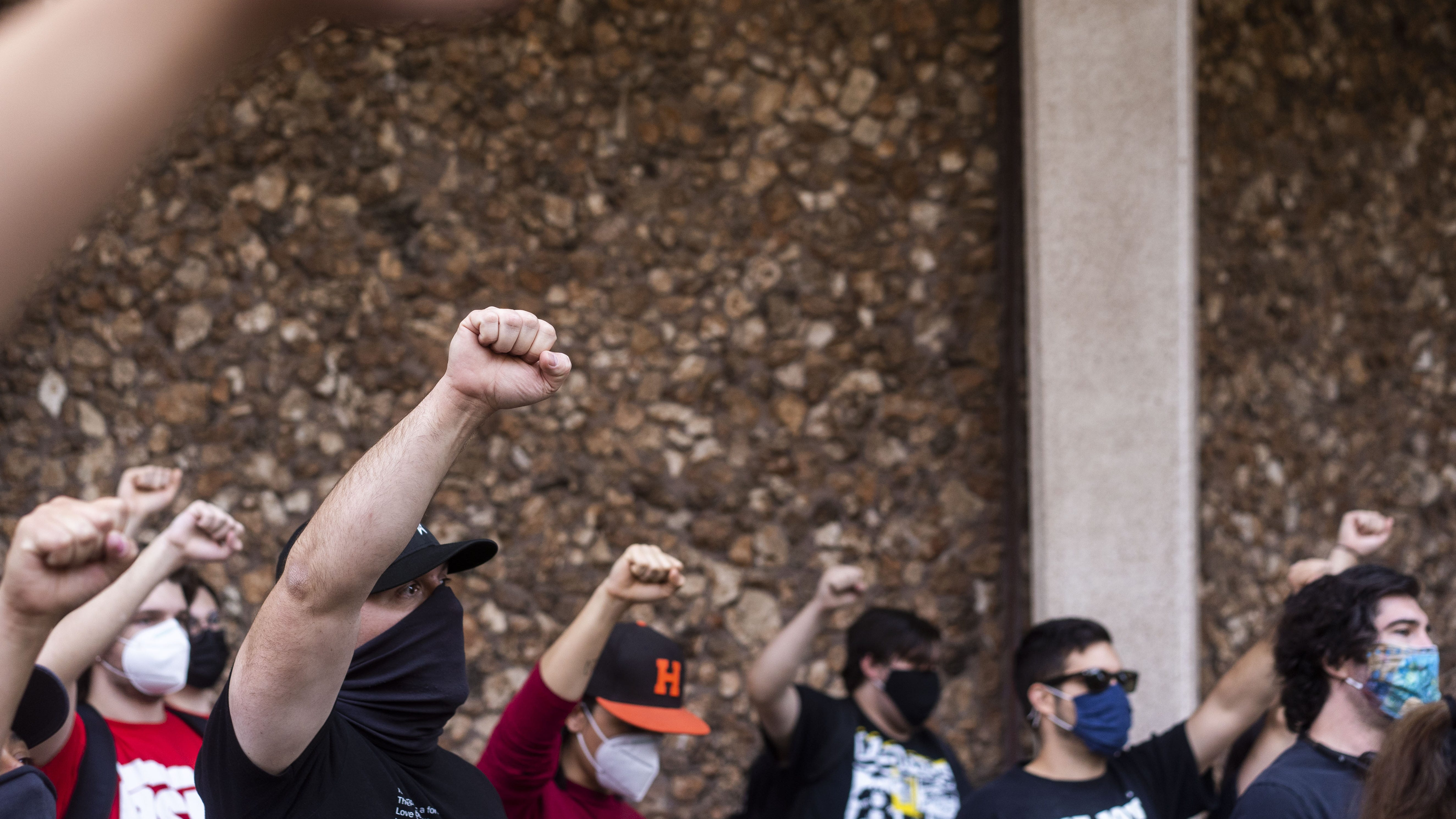 Protestors rally against police brutality near Phoenix City Hall