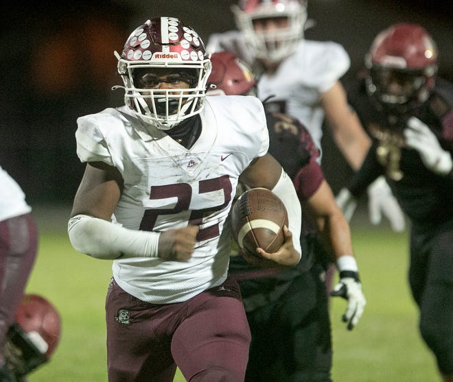 Lavontae Youmans led Braden River High in rushing yards (1,073) and touchdowns (13) last season as a junior. He has opted to play his senior season at Palmetto High.