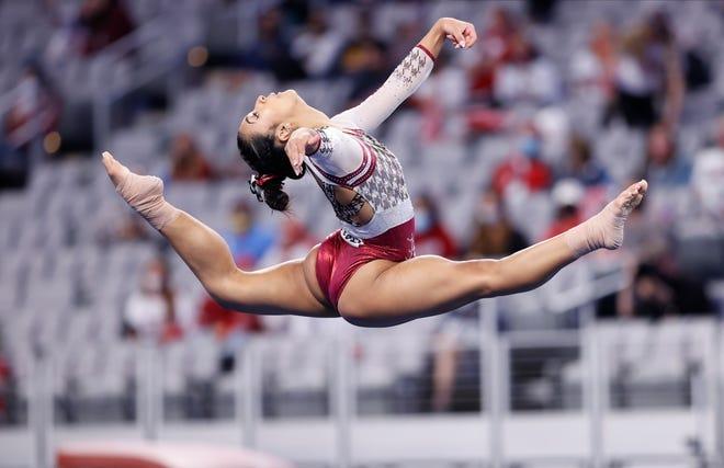 4/16/21 WGY NCAA's Day 1Alabama gymnast Luisa BlancoPhoto by Robert Sutton