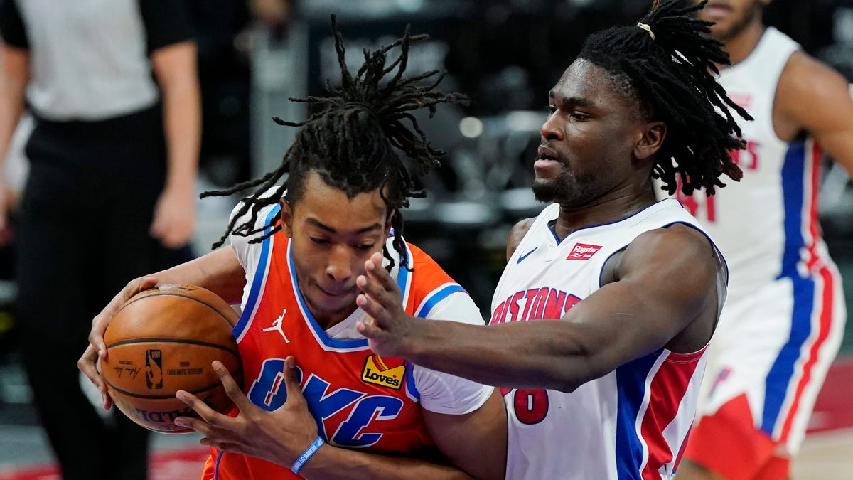 'We're trying to build the chemistry': Rookie trio helps Pistons top Thunder, 110-104 1