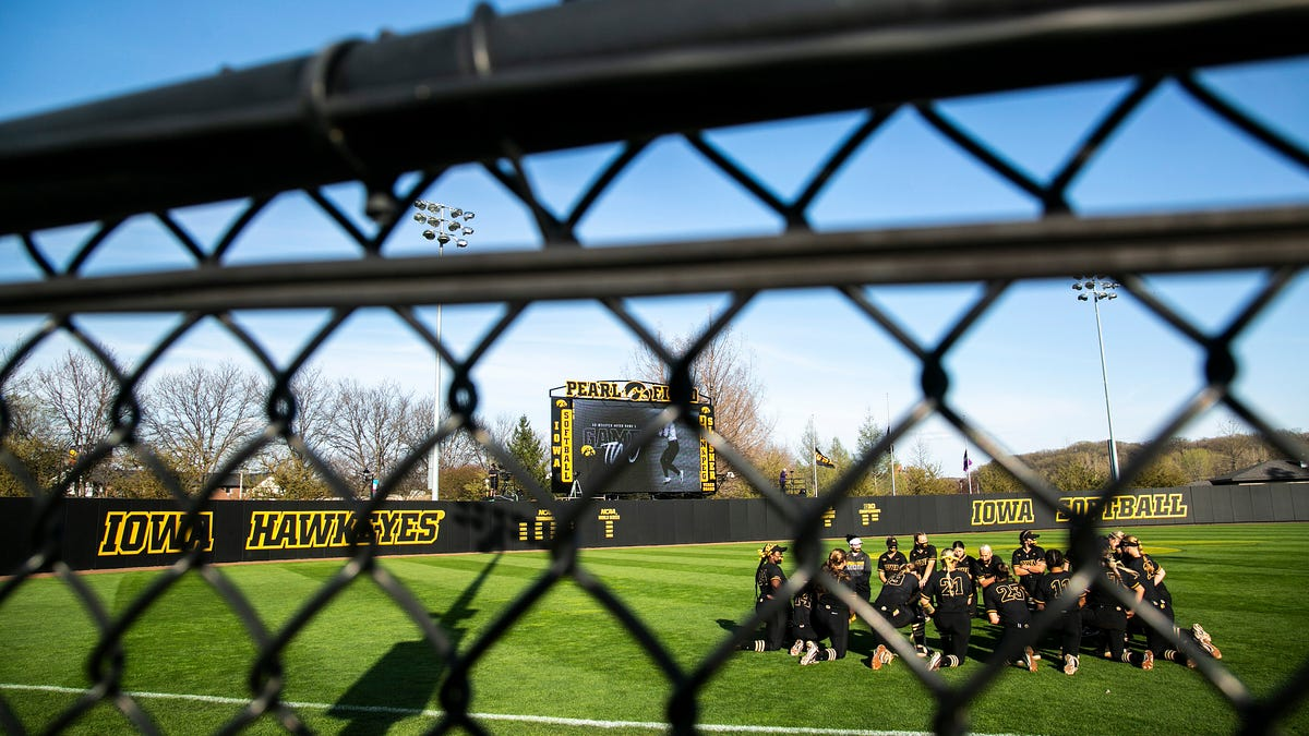 Iowa softball photos: Hawkeyes host Northwestern for series in Iowa City