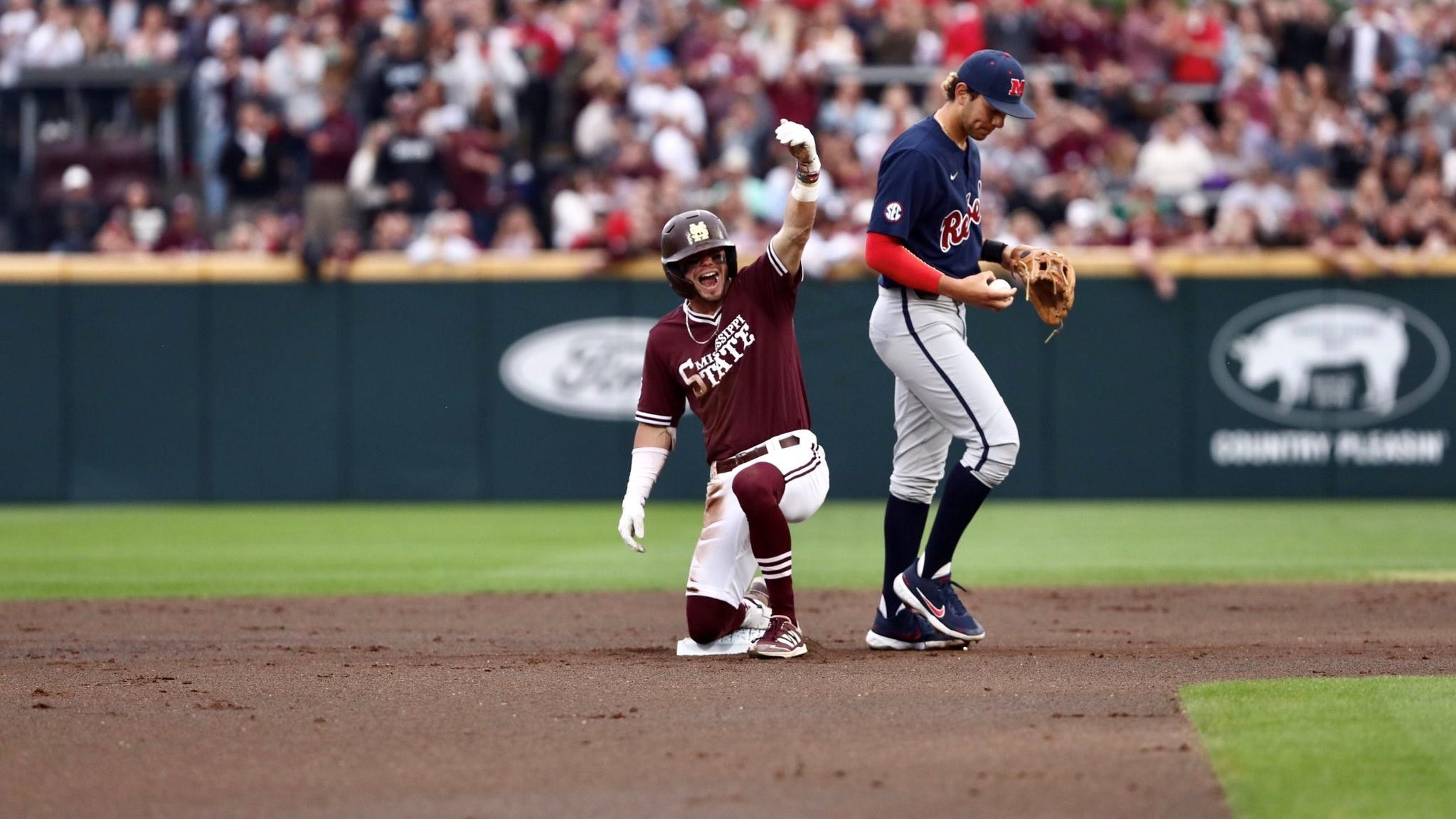 MSU baseball beats Ole Miss in series opener