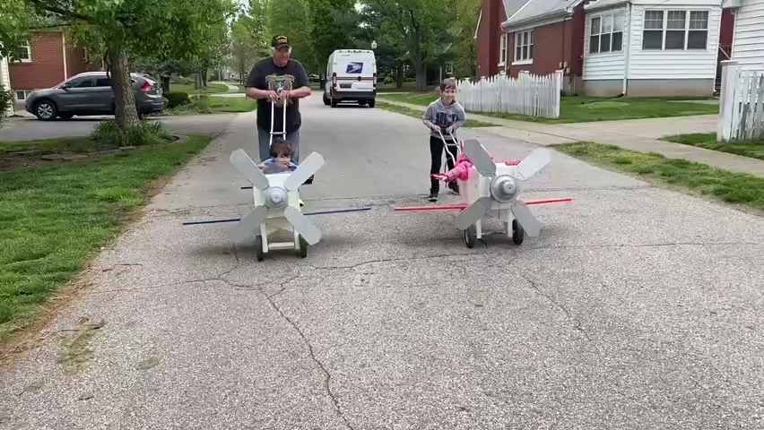 VIDEO: Louisville family celebrates Thunder Over Louisville with homemade toy planes