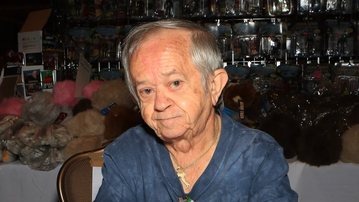 Felix Silla, who played Cousin Itt on 'The Addams Family,' dies at 84