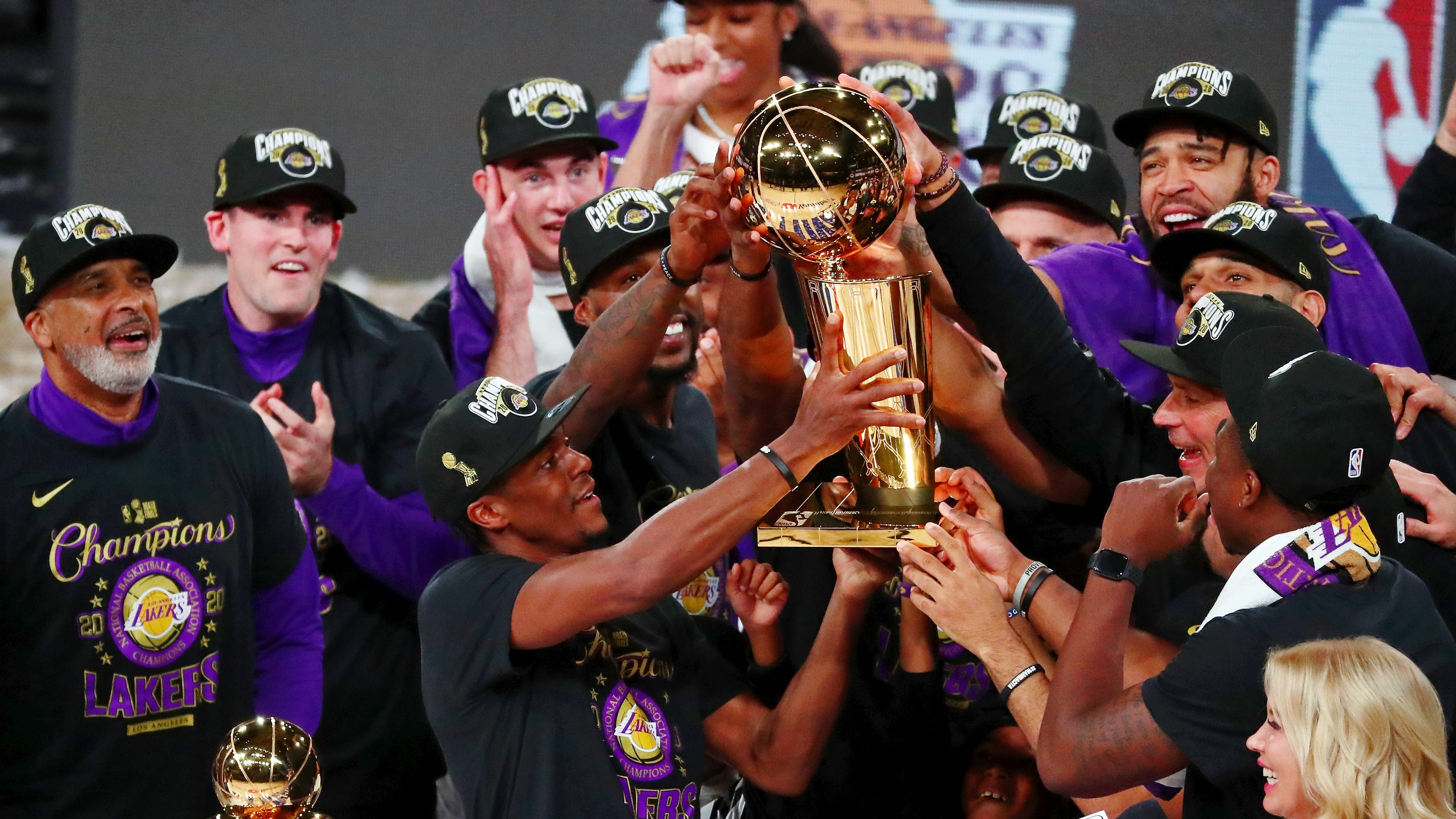 Los Angeles Lakers to delay making White House visit to celebrate 2020 NBA title