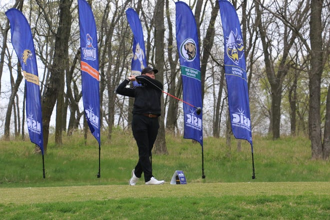 Connor Humble finished tied for 17th at the NSIC Championship this weekend, the third top-20 finish of Humble's career.
