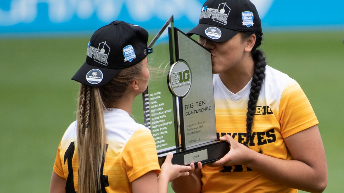 Photos: Iowa women's soccer wins Big Ten Tournament championship game vs. Wisconsin Badgers