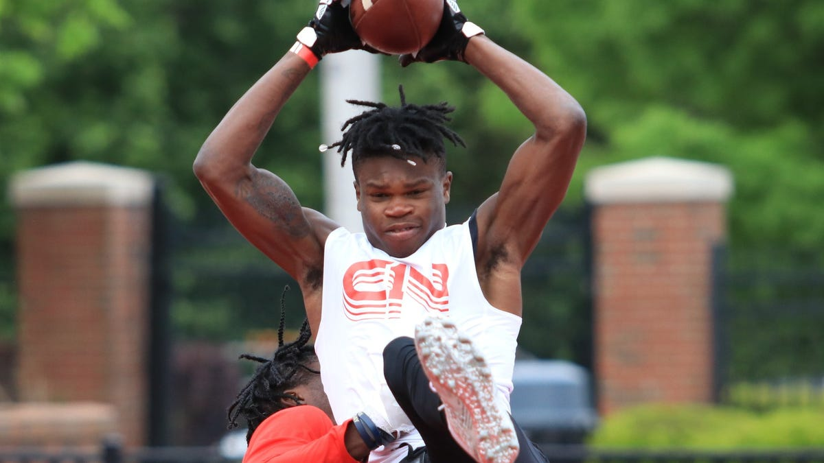 Georgia's top-ranked football recruit Travis Hunter aims to join state's elite history