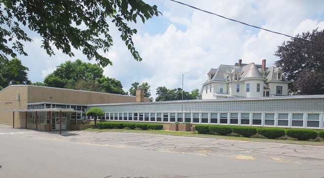"""The """"new"""" Sacred Heart School, which first opened in 1961."""