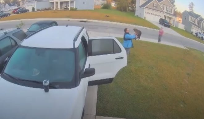 A Burgaw resident fights off a rabid bobcat in a viral video. [VIDEO IMAGE]