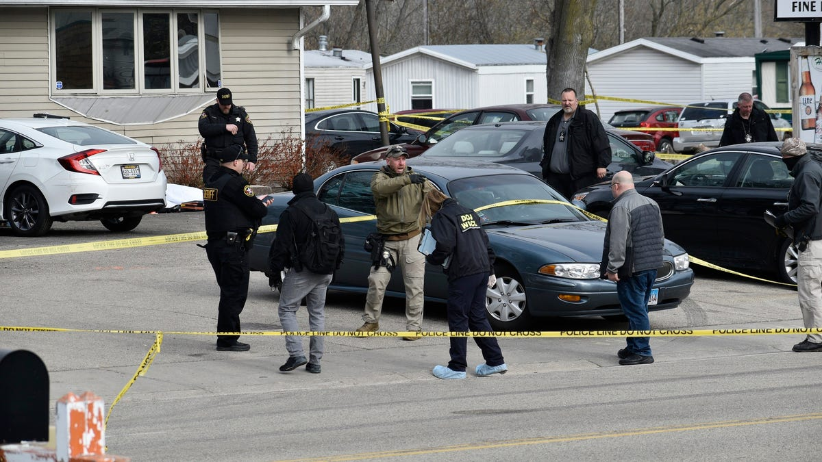 Suspect apprehended in fatal shooting at Wisconsin tavern 2