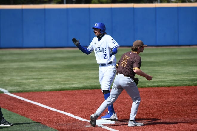 Harrison grad Aaron Beck (21) was 12-for-14 with nine RBIs for Indiana State last weekend.