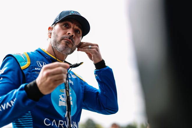 Jimmie Johnson finished 21st after starting 19th in his IndyCar debut at Barber Motorsports Park.