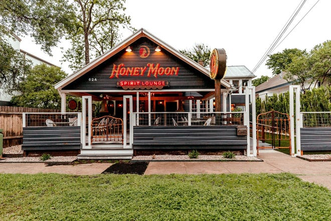 Honey Moon Spirit Lounge is open in a familiar space on 34th Street.