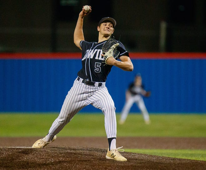 Bowie Bulldogs pitcher Ryan Corbett helped his team top Lake Travis and split the season series between the co-leaders in District 26-6A.